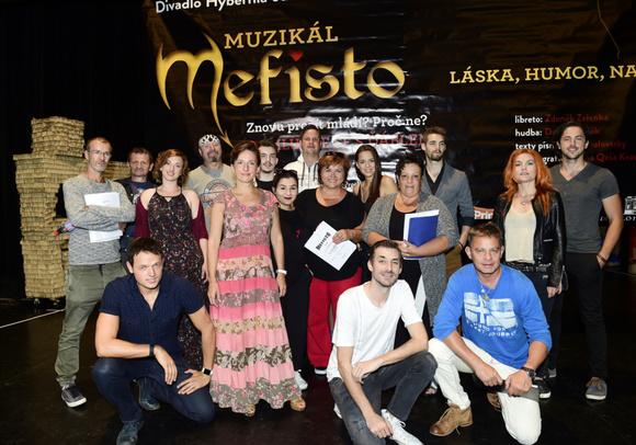 Muzikál Mefisto
